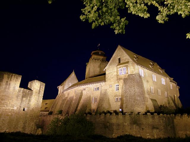 Burg (Sommerfest-Ideen)