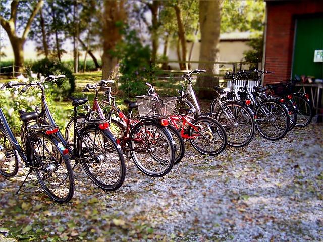 Parkende Fahrräder (Sommerfest-Ideen)
