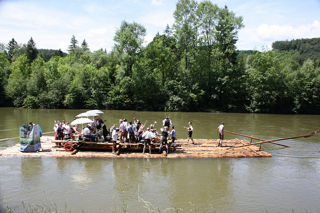 Floßfahrt (Sommerfest-Ideen)