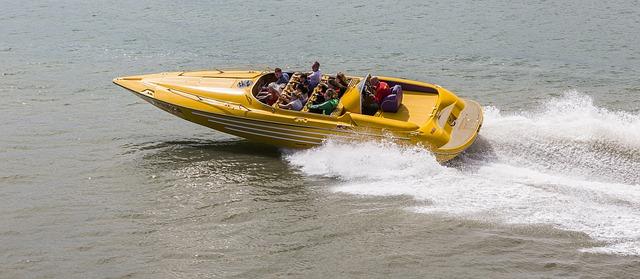 Speedboat (Sommerfest-Ideen)