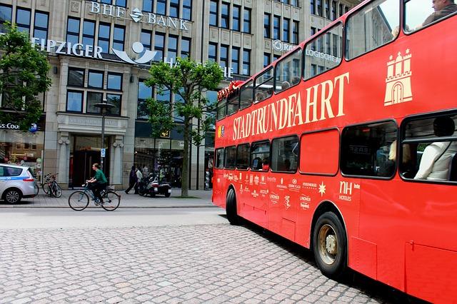 Stadtrundfahrt mit dem Bus (Sommerfest-Ideen)